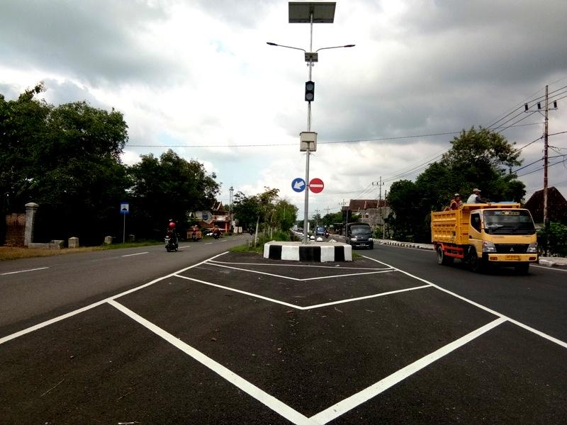MULUS : Twinroad Sukomoro- Maospati Ruas Pojoksari Kecamatan Sukomoro. ( Norik/Magetan Today)