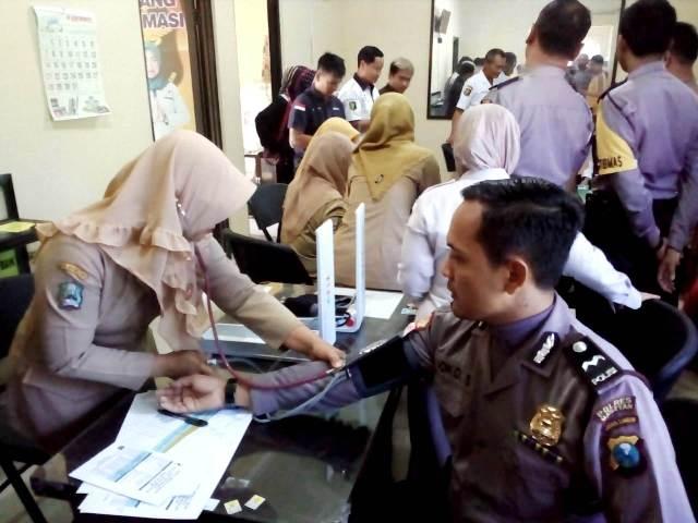 Anggota Polres Magetan Jalani Tes Kesehatan Dari Dinkes Magetan. (Ist For Magetan Today).