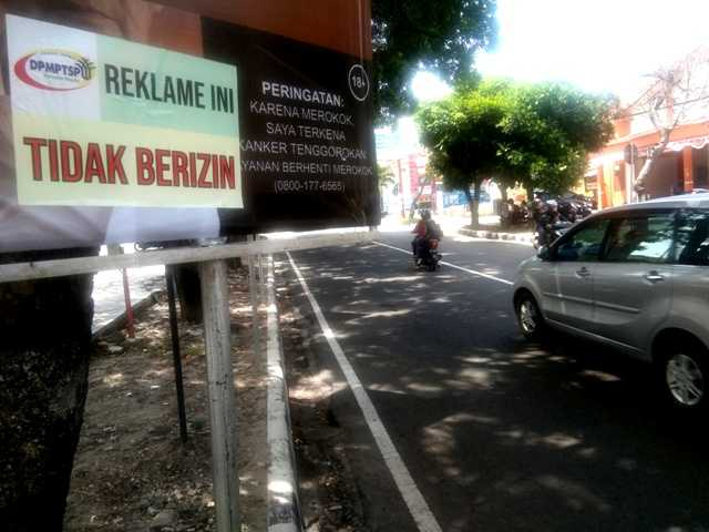 Temuan Reklame Hasil Monev DPM - PTSP Kabupaten Magetan. ( Norik/Magetan Today)