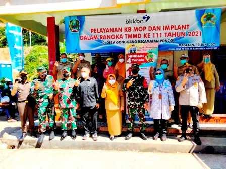 Layanan KB MOP dan Implan Dinas PPKB dan P3A Di TMMD Ke 111 Desa Gonggang Kecamatan Poncol. (Norik/MagetanToday).