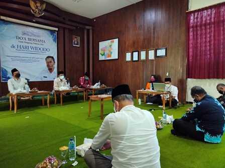 Bupati Magetan, Suprawoto, Hadiri Doa Bersama Almarhum dr, Hari Widodo, Kadinkes Magetan. (Norik/MagetanToday).
